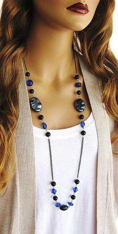 Long Black Beaded Necklace Long Blue Beaded by RalstonOriginals - DIY Schmuck Wire Jewelry, Beaded Jewelry, Jewelery, Jewelry Necklaces, Beaded Bracelet, Craft Jewelry, Beaded Earrings, Jewelry Ideas, Chain Bracelets