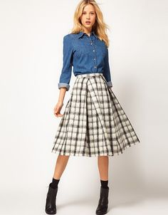 plaid midi skirt? Yes please!