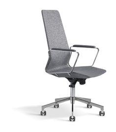 Den Möbelfaktamärkta kontorsstolen Pilot High från Johanson Design är formgiven av Alexander Lervik. Kontorsstolen har ett väldigt lätt och elegant utseende, samtidigt som man inte snålat med komforten. En av de mest attraktiva egenskaperna med Pilot High är att du själv kan konfigurera arbetsstolen på tusentals olika sätt, för en skräddarsydd sittupplevelse.