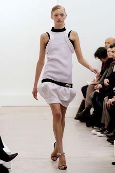 Balenciaga at Paris Fashion Week Fall 2005 - Runway Photos