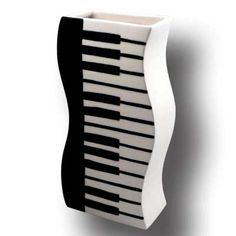 Wavy keyboard vase, glazed earthenware and handmade with black and white piano keyboard design. Music theme décor for home or office. Piano Gifts, Music Gifts, Music Centerpieces, White Piano, Drummer Gifts, Party Table Decorations, Piano Keys, Music Decor, Tear