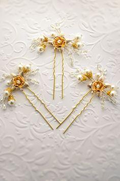 bridal hair pins set of 3, pearl hair pins, wedding hair pins, pearl hair clips, crystal hair pins, gold wedding hair clip, gold flower pin