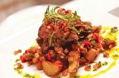 ¡Gustitos latinos gourmet! Reserva GRATIS en Anamú a través de SAL! y obtendrás 15% de descuento*: http://www.sal.pr/place/anamu-bar-restaurant/