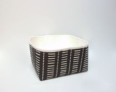 Fabric storage basket / Modern storage bin / Medium sized by Apozi