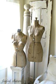 Clothes Mannequin, Vintage Mannequin, Dress Form Mannequin, Vintage Corset, Shabby Vintage, Vintage Love, Vintage Sewing, Shabby Chic, Vintage Items