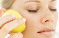 Zitronenmaske zur Hautpflege und gegen Aknenarben