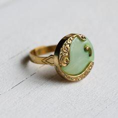 Nouveau Seafoam Ring ... Vintage Paisley Art Nouveau with Gold. £9.00, via Etsy.