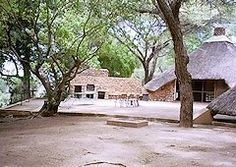 ROODEWAL BUSH LODGE - Google Search Kruger National Park, National Parks, Safari, Africa, Camping, House Styles, Plants, Google Search, Campsite