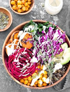 This Nourishing Vegan Buddha Bowl with Lemon Tahini Dressing is not only tasty but also filling, healthy and satisfying. This Nourishing Vegan Buddha Bowl with Lemon Tahini Dressing is not only tasty but also filling, healthy and satisfying. Vegan Lunch Recipes, Dog Recipes, Healthy Recipes, Vegan Food, Free Recipes, Vegetarian Lunch, Yummy Recipes, Sin Gluten, Stevia