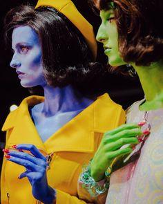 "4,649 Likes, 34 Comments - Dazed Fashion (@dazedfashion) on Instagram: ""Jackie O alien models and a collaboration with artist @benfrostisdead - @itsjeremyscott's @moschino…"""
