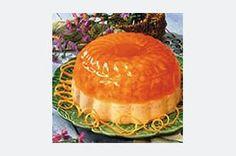 La gelatina es uno de los postres preferidos de la cocina latina. Prepara éste con sabor a fresa y dulce de leche para lucirte.