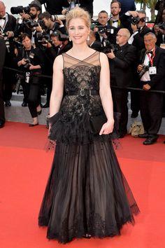 Natacha Régnier, accessoirisée par Chaumet. (Cannes, 12 mai 2016.)