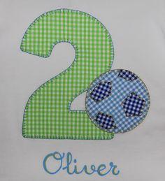cocodrilova: camiseta cumpleaños 2 años #camisetacumpleaños #camisetapersonalizada #cumpleaños #2años #hechoamano  camiseta-cumpleaños-2años-futbol