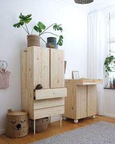 Pretty Movement - The place to be to check out inspiring IKEA Hacks. - Prettypegs - Six Fab Ikea Ivar Hacks! Kids Bedroom, Bedroom Decor, Decor Room, Home Decor, Ikea Furniture, Furniture Design, Furniture Plans, Outdoor Furniture, Replacement Furniture Legs