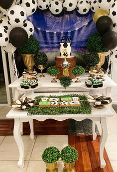 Table Decorations, Furniture, Home Decor, Cakes With Fondant, Candy Stations, Mesas, Decoration Home, Room Decor, Home Furnishings