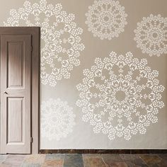 Stencils, Chalk Paint Furniture, My House, Tapestry, House Design, Diy, Chalk Painting, Home Decor, Walls