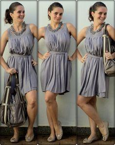 vestido monocromático c/colar modificador... clique na imagem p/detalhes.