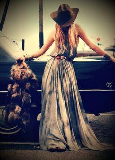 maxi dress, boho style, hippie, gypsy, floppy hat