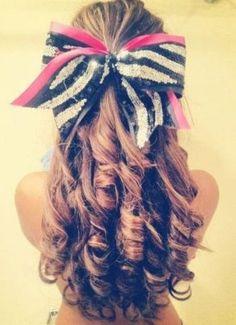 ¡Wow! qué lindo peinado, perfecto para el colegio.