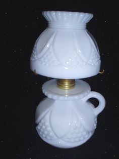 miniature milk glass kerosene oil lamp (tulip & cane pattern)