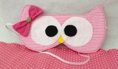 Máscara de Dormir Corujinha  Pode ser confeccionada em outra cor! R$ 16,00 Felt Mask, Baby Shower, Fabric Crafts, Sewing, Party, Ideas Para, Diy Ideas, Sweet Dreams, Crafting