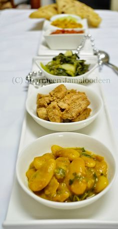 The so famous Mauritian Lima Beans Curry (Masala Gros Pois)! :) This dish is among one of the base food in the Mauritian Cuisine. Mauritian Food, Beans Curry, Base Foods, Mauritius, Lima, Confessions, Vegetarian, Food And Drink, Dishes