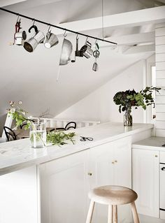 Scandinavian Style Kitchens with Utilitarian Elements