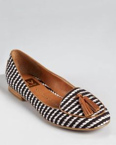 DV Dolce Vita Loafers - Damala Tassel. Black and white printed with brown leather.