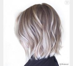 Coloration blonde cheveux gris