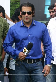 79361-bollywood-actor-salman-khan-at-a-campaign-india-first-organised.jpg 600×884 pixels