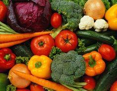 Een van de beste en meest eenvoudige manieren om je gezondheid te verbeteren is door ervoor te zorgen dat je voldoende verse groenten eet.