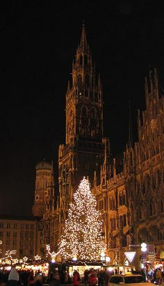 my friend is here for Christmas and I wish I could have gone with. I miss Munich...