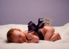 Every baby is a gift from the God! Repin it if you love this picture~