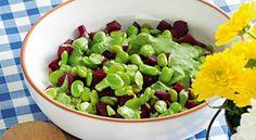 Salada de favas com beterraba e molho de agrião