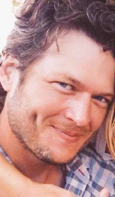 blake shelton to release cheers its christmas album on october 2 country music news pinterest blake shelton christmas albums and cheer - Blake Shelton Christmas Album