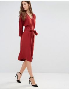sisley-v-neck-obi-midi-dress by sisley #fashion #trends #onlineshopping #shoptagr