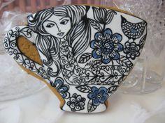 Tea cup cookie.