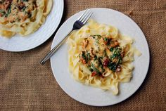 Gallery Taste: Pasta with spinach and cheese sauce Spinach Pasta, Spinach And Cheese, Cheese Sauce, Macaroni And Cheese, Spaghetti, Dinner, Breakfast, Ethnic Recipes, Food