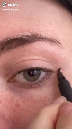 Makeup Eye Looks, Eye Makeup Art, No Eyeliner Makeup, Pretty Makeup, Simple Makeup, Skin Makeup, Natural Makeup, Eyeliner Ideas, Punk Makeup