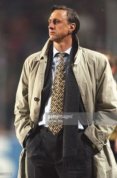 Portrait of Barcelona Coach Johan Cruyff before the UEFA Cup match against PSV Eindhoven at the Philips Stadion in Eindhoven, Holland. \ Mandatory Credit: Gary M Prior/Allsport Get premium, high resolution news photos at Getty Images Fc Barcelona, Football Kits, Sport Football, Football Coaches, Football Icon, Team Coaching, Vintage Football, Lionel Messi, Coaches