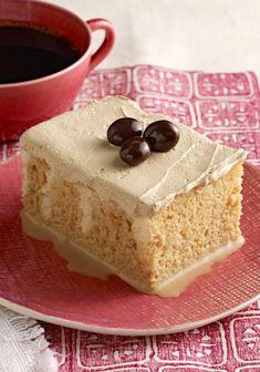 Pastel tres leches de café-Haz este sorprendente pastel de tres leches de café es un postre que es más rápido y fácil de hacer de lo que crees.