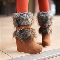 Nice Sweet Wedge Boots with Fur