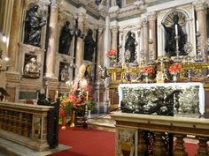 Tesoro di San Gennaro a Napoli Museo Cappella di San Severo e Cristo Velato Napoli Sotterranea #naples #napoli #italy #travel #faunopompei #saint #tournaples #pompeii