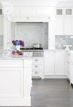 Kitchen design: Herringbone kitchen backsplash {PHOTO: Tracey Ayton}