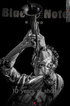 cover del libro celebrativo dei 10 anni del Blue Note Ptrint by Spazio81