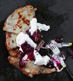 Hilloa ja kermavaahtoa vai jotain suolaista? Pepperoni, Pizza, Desserts, Food, Tailgate Desserts, Deserts, Eten, Postres, Dessert
