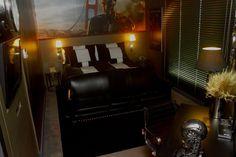 Veja decoração de quarto inspirada no filme O Exterminador do Futuro - http://buscaimoveisembrasilia.com.br/imoveis-em-brasilia/2015/06/29/veja-decoracao-de-quarto-inspirada-no-filme-o-exterminador-do-futuro/