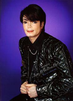 #MichaelJackson   TV Guide 2001