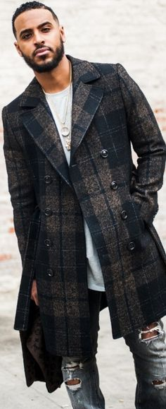 Gray and Navy Plaid Overcoat, Burberry Porsum, Urban Street Style, Men's Fall Winter Fashion.