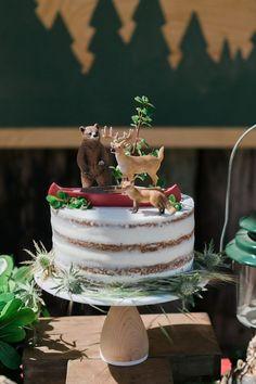 c – birthdaycakeideas Camping Theme Cakes, Camping Birthday Cake, Hunting Birthday Cakes, 1st Boy Birthday, Cake Birthday, Camo Birthday Party, Camo Party, Soccer Party, Birthday Ideas
